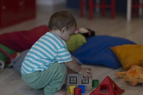 attività per bambini da 9 a 12 mesi